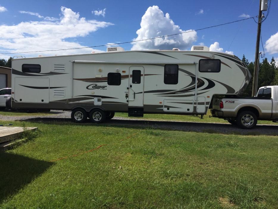 2013 Keystone Cougar 330RBK