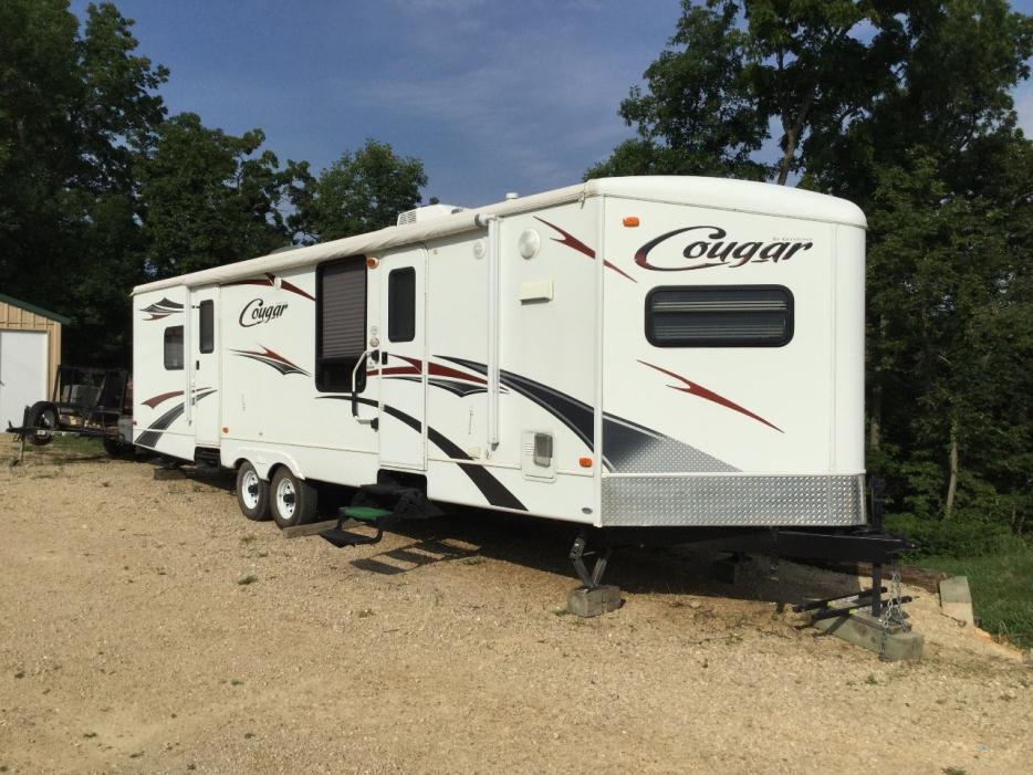 2011 Keystone Cougar 30FKV