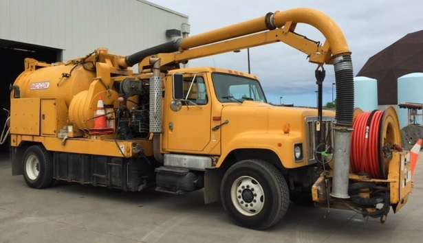 1998 Vac-Con V390tha Combination Sewer Cleaner Tanker Trailer