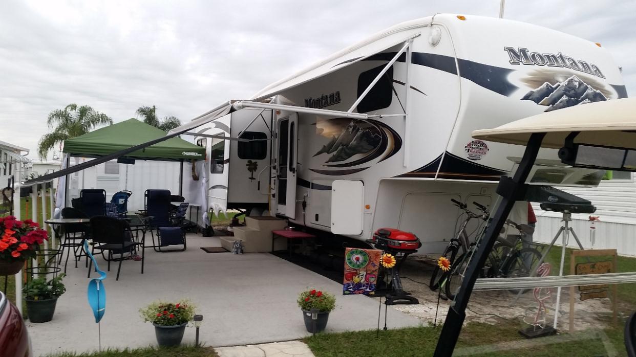 2011 Keystone Montana 3400RL