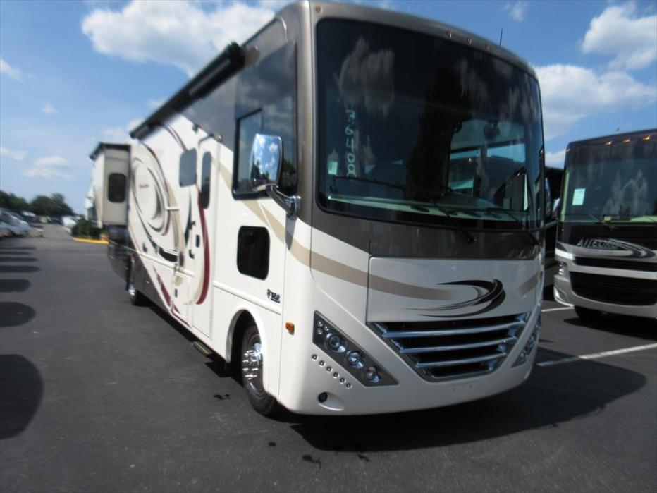 2017 Thor Motor Coach Hurricane 35C
