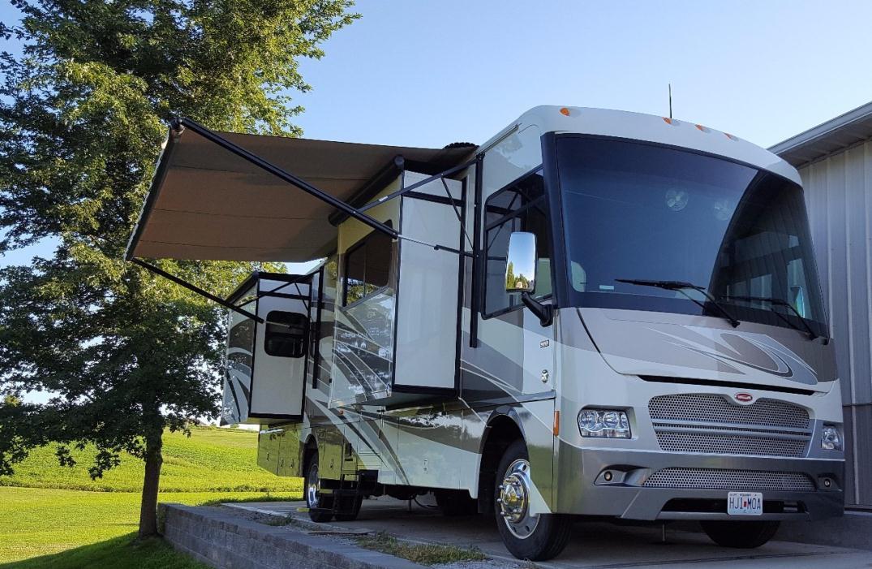 Winnebago Adventurer Rvs For Sale In Kansas City Missouri