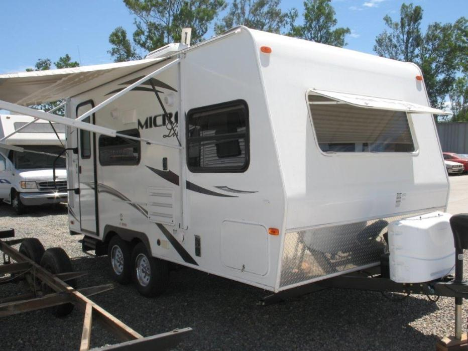 2014 Forest River FLAGSTAFF MICRO LITE 18FBRS