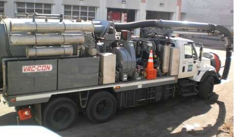 2004 Vac-Con V22 Combination Sewer Cleaner Tanker Trailer