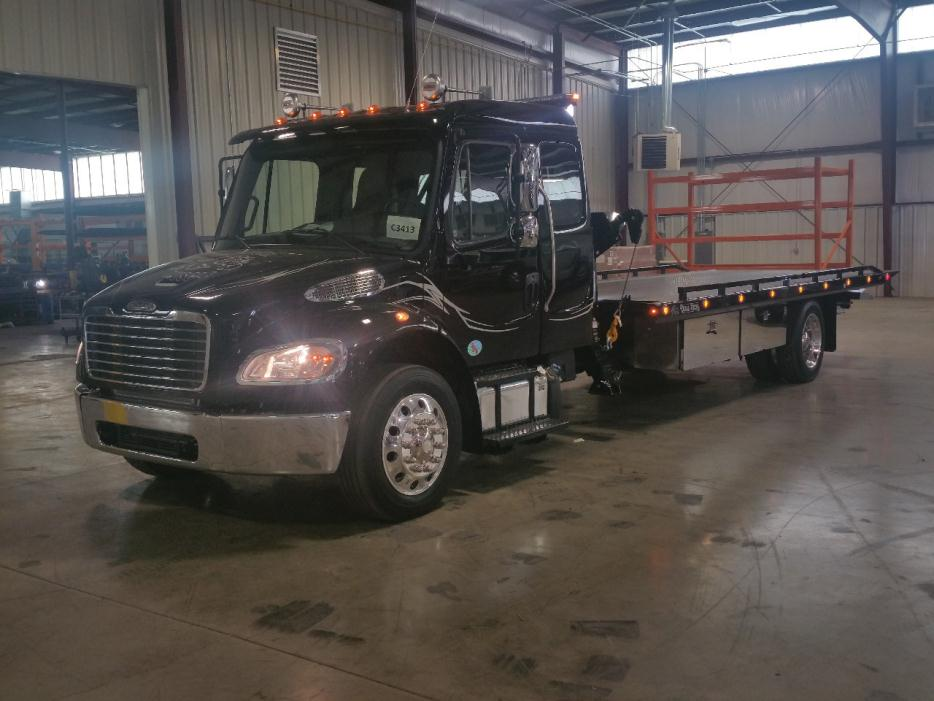 2016 Freightliner Business Class M2  Rollback Tow Truck