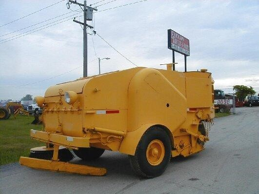 1950 Wayne I-450  Sweeper
