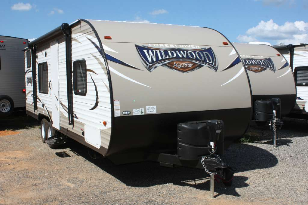 2017 Forest River Wildwood X-Lite 241 QBXL