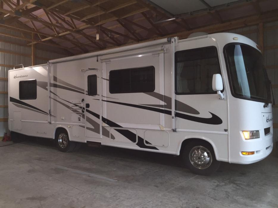2007 Thor Motor Coach Hurricane 31D