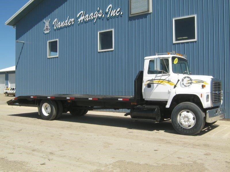 1996 Ford Ln8000 Flatbed Truck