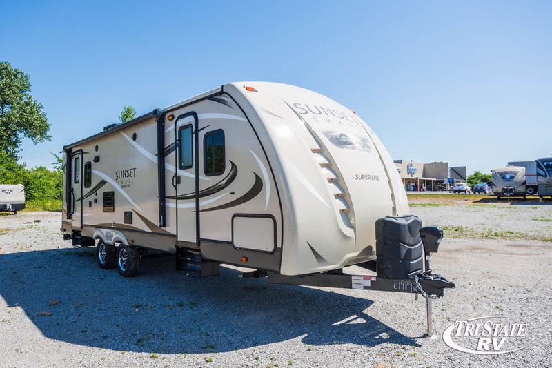 2017 Crossroads Rv Sunset Trail Super Lite ST260RL