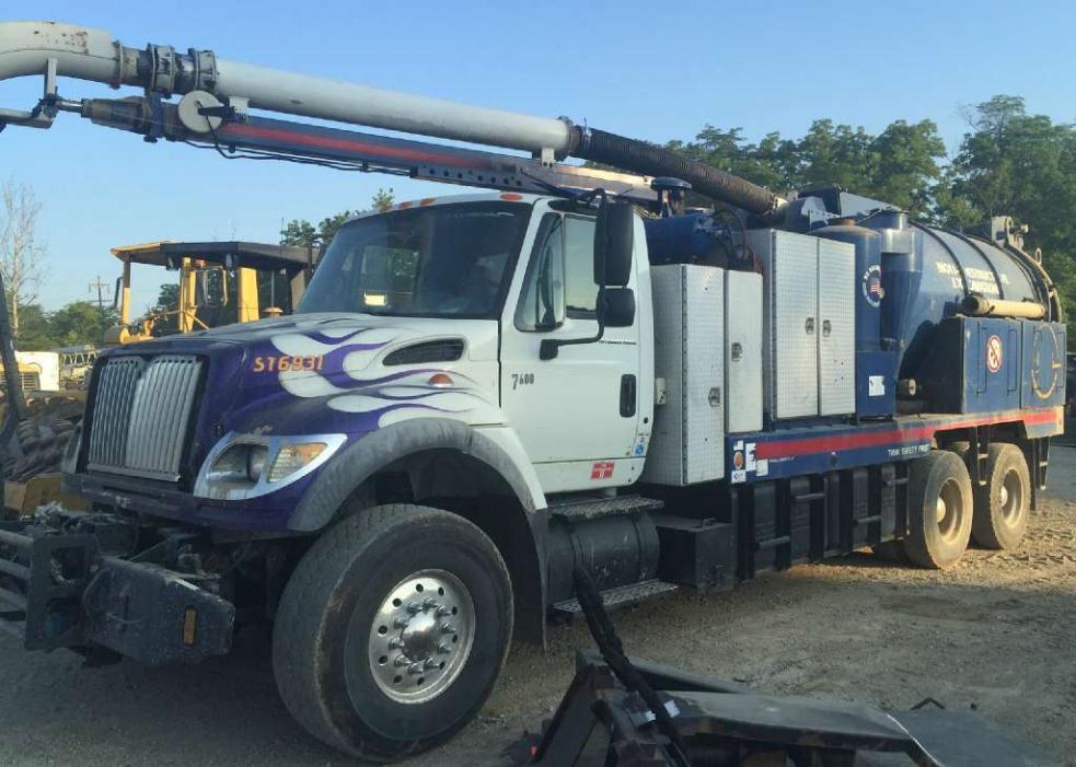 2006 Vac-Con Hydroexcavator Vacuum Truck
