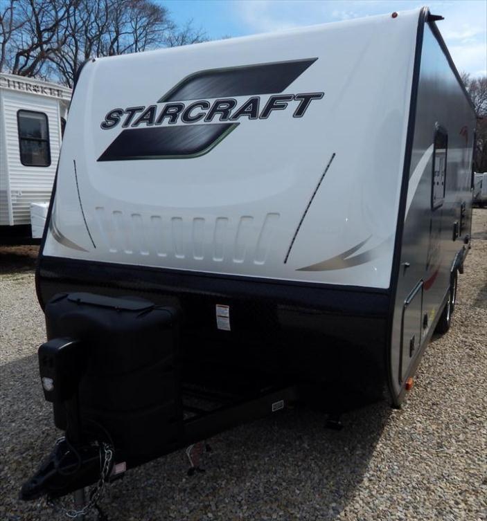 2016 Starcraft Launch Ultra Lite 22BUD Front Queen Rear
