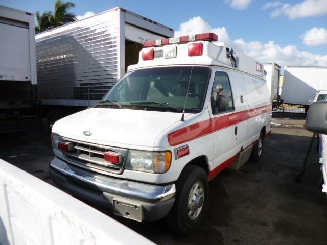 2002 Ford E450 Ambulance