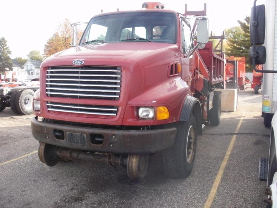 1998 Ford L9000  Crane Truck