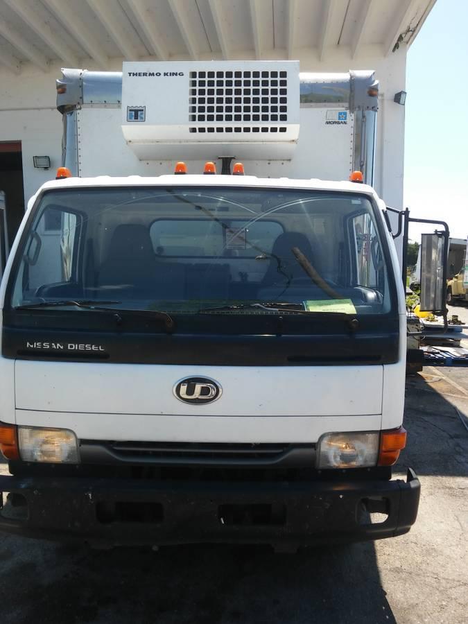 2004 Ud Trucks 1400  Refrigerated Truck
