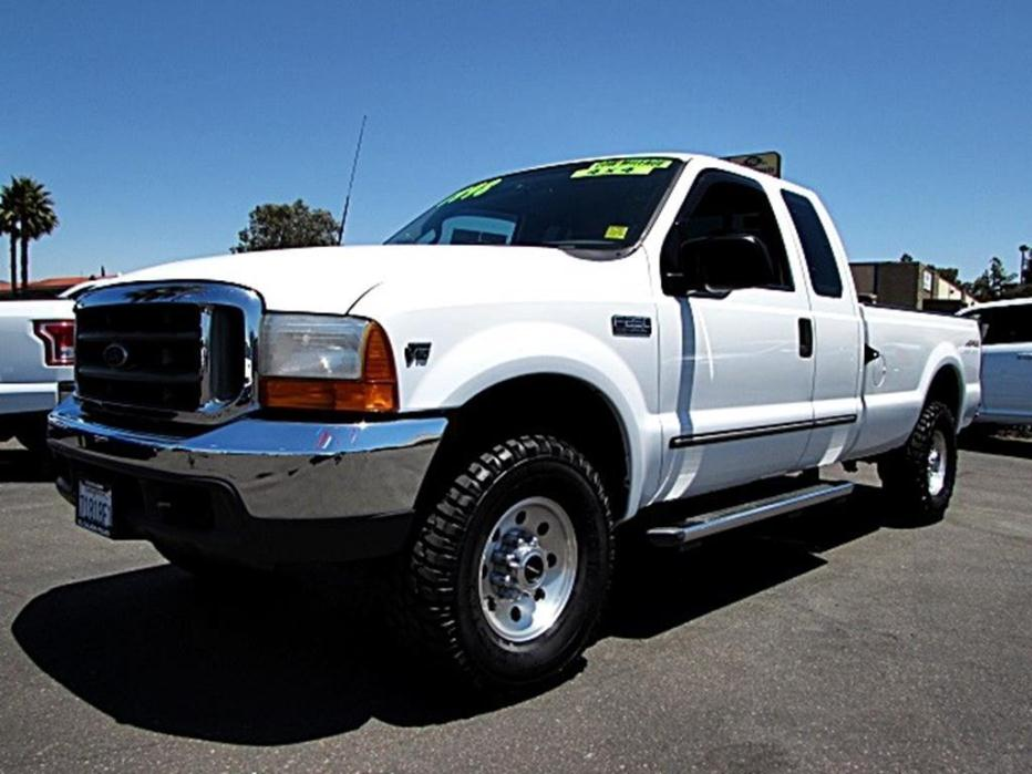 1999 Ford Super Duty F-250  Extended Cab