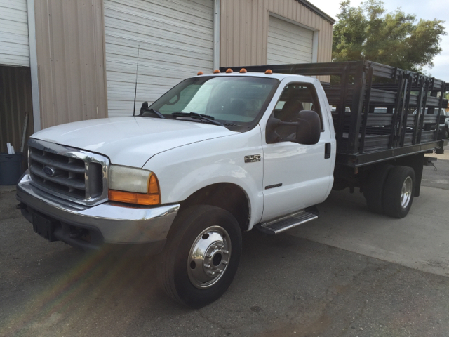 1999 Ford F-450  Flatbed Truck