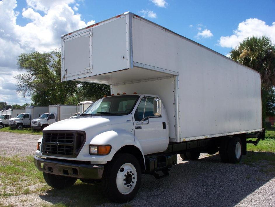 2001 Ford F750 Moving Van