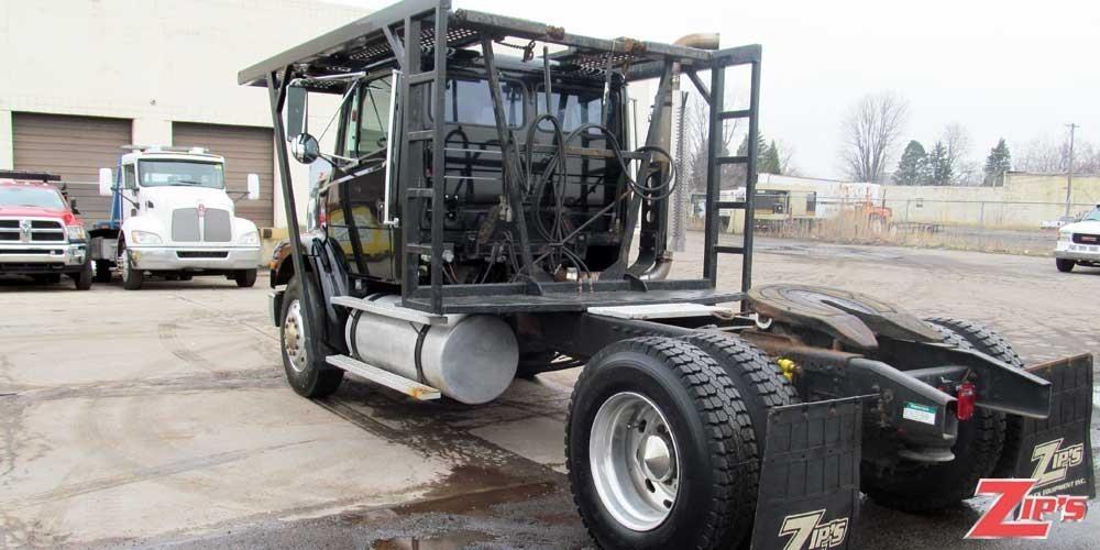 1998 Freightliner Fl112  Rollback Tow Truck