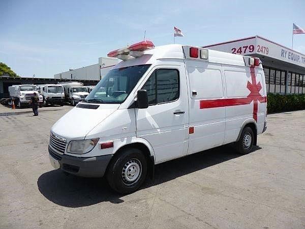 2004 Freightliner Sprinter 2500 Ambulance