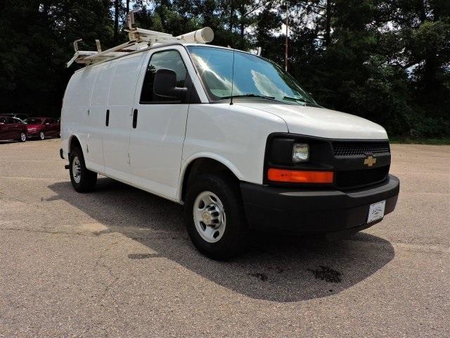 2011 Chevrolet Express Van G2500hd  Cargo Van