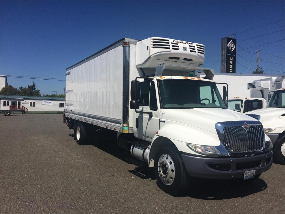 2011 International 4300 Refrigerated Truck