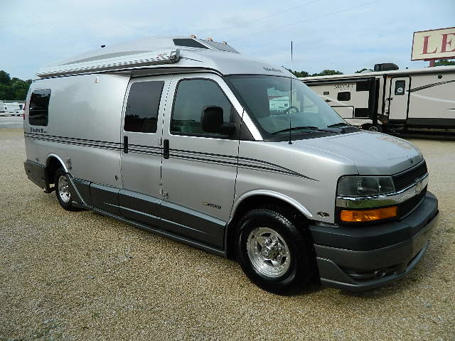 2004 Roadtrek ROADTREK 210 POPULAR