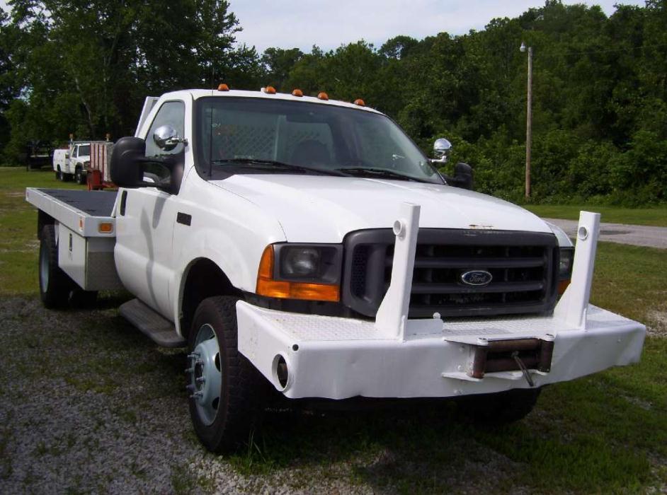 2001 Ford F550  Flatbed Dump