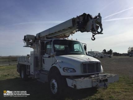 2012 Freightliner M2-106 Digger Derrick