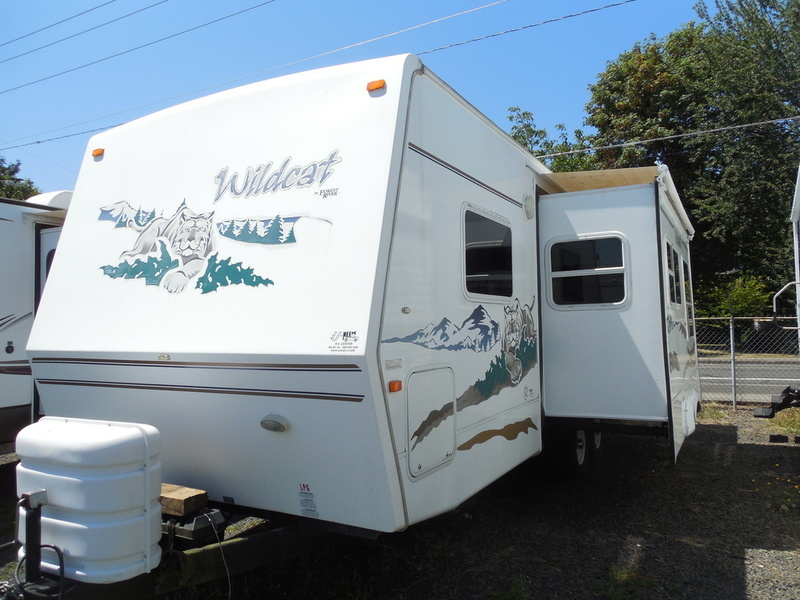 2006 Forest River Wildcat 26FBS