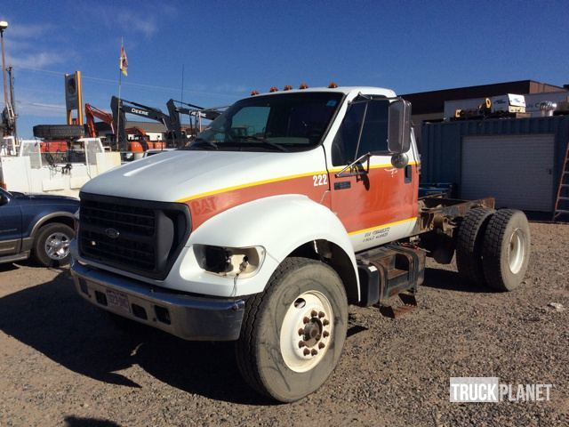 2000 Ford F-650 Xlt Super Duty  Cab Chassis