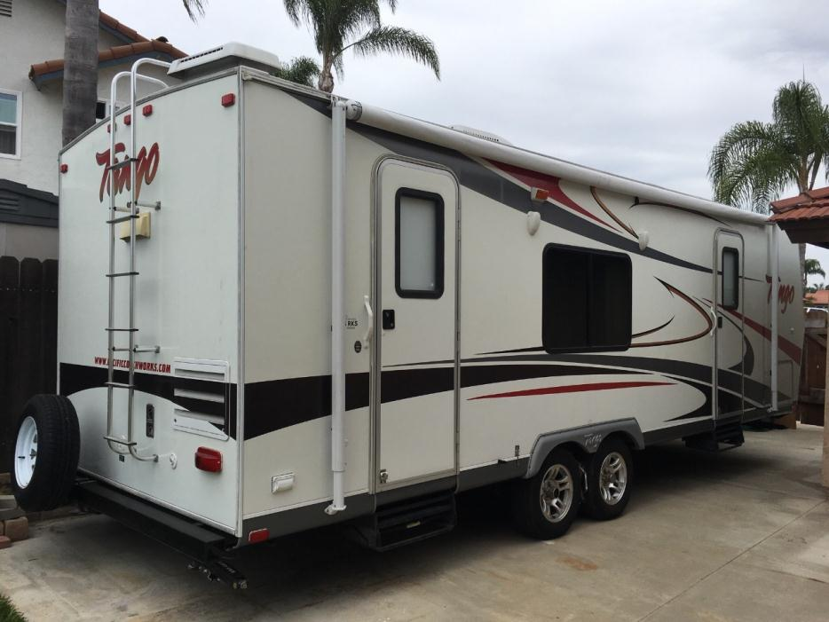 2007 Pacific Coachworks Tango 256RKS