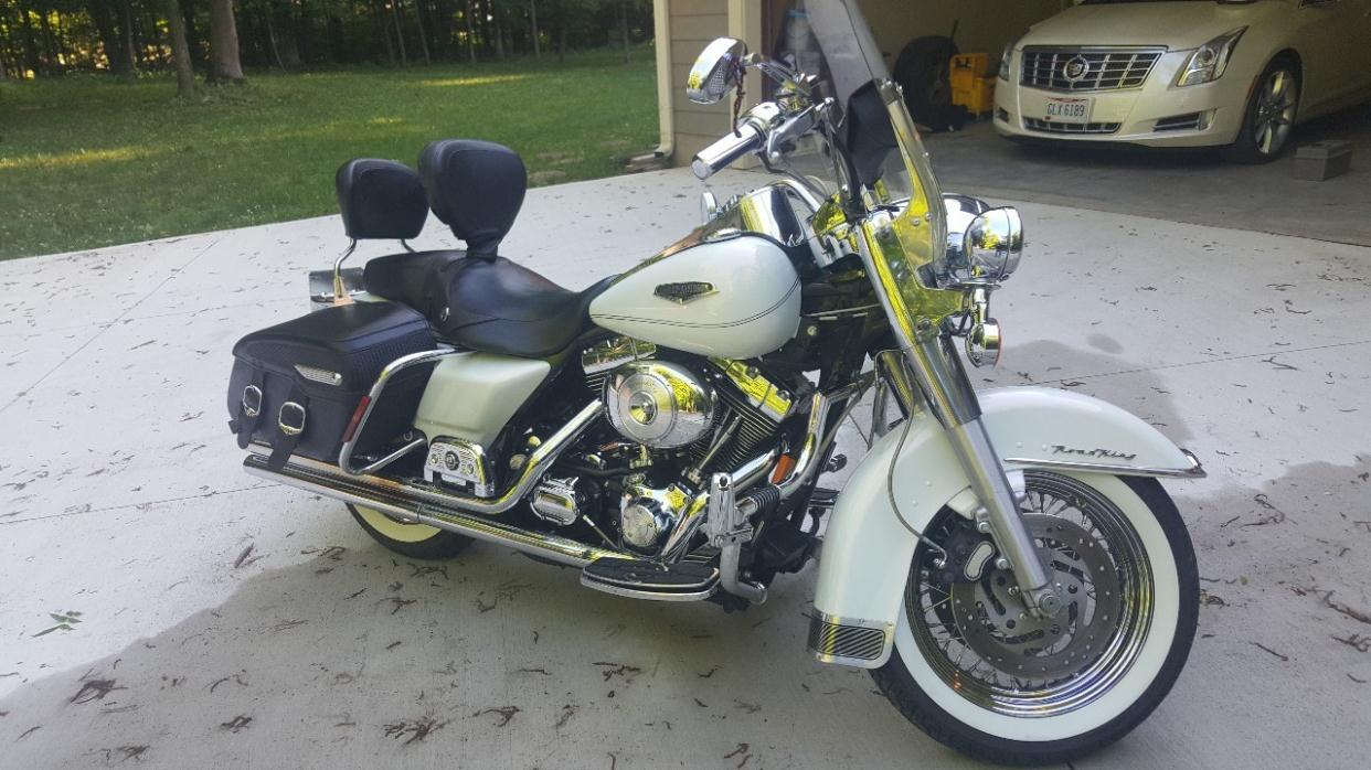 2010 Harley-Davidson FXDWG - DYNA WIDE GL