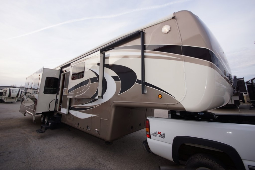 2015 DRV Mobile Suites 44 HOUSTON