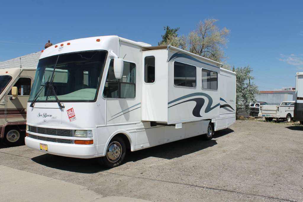 2002 Pacific Coachworks Sea Breeze 8341