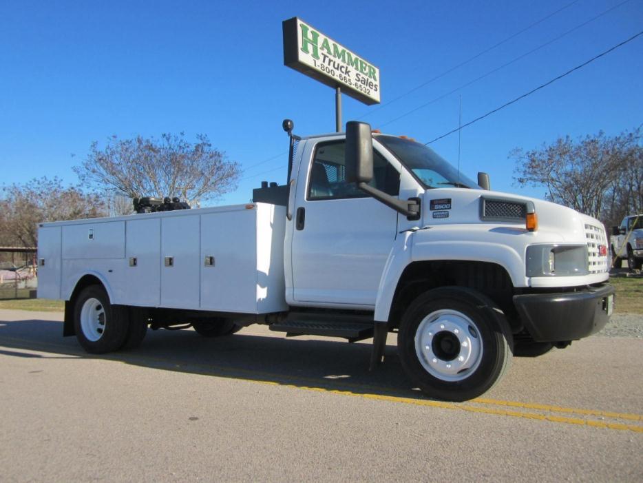 2007 Chevrolet C5500 Fuel Truck - Lube Truck
