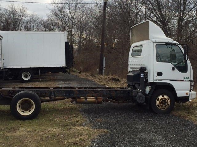 2007 Chevrolet W4500 Cab Chassis