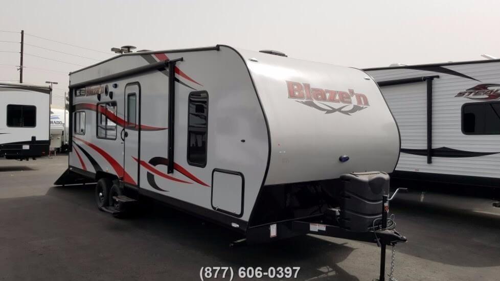 2017 Pacific Coachworks Blazen 24FS