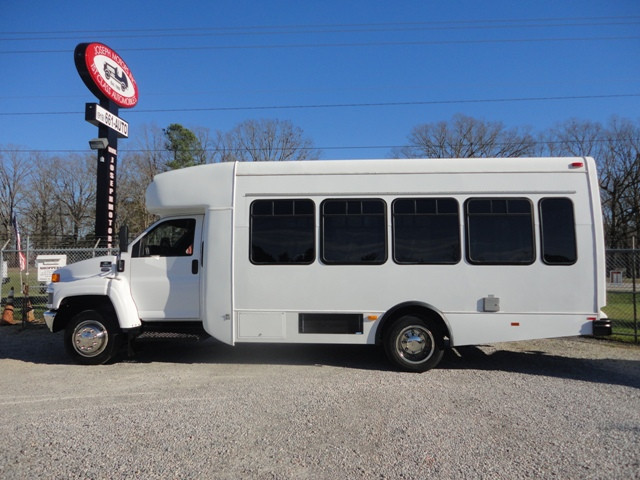 2008 Chevrolet C5500 Bus