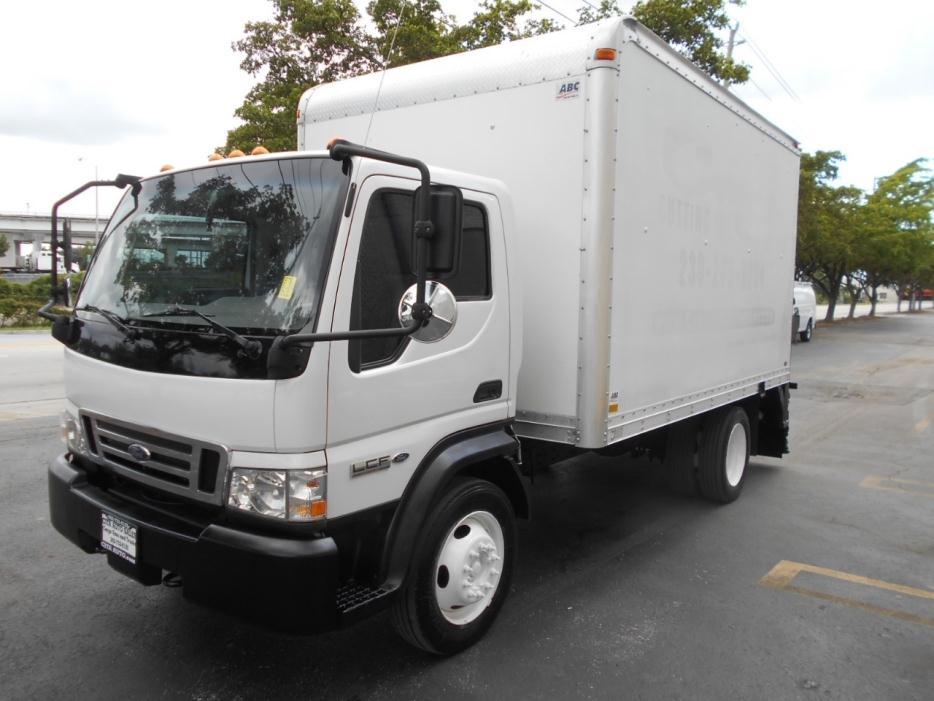 2006 Ford Lcf  Box Truck - Straight Truck