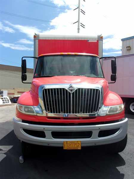 2009 International 4400  Box Truck - Straight Truck