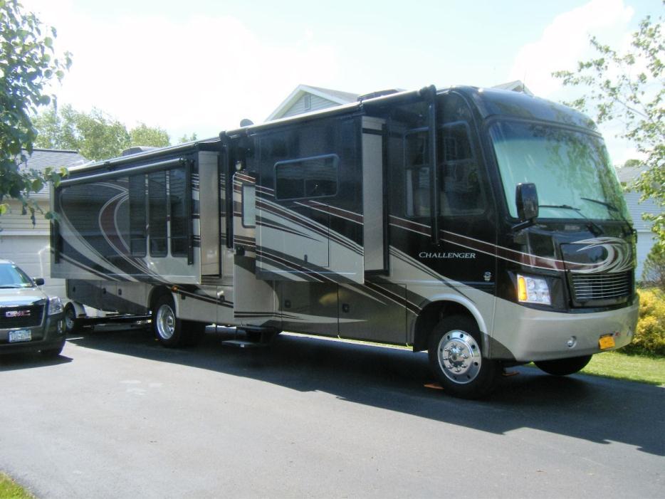 2013 Thor Motor Coach Challenger 37KT