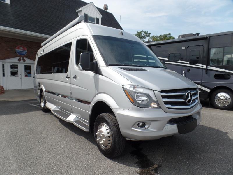 Winnebago era 70x 3500 mercedes diesel by rvs for sale for Mercedes benz sprinter 3500 diesel class b rv motorhome