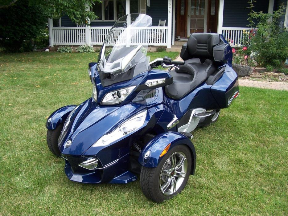 can am spyder rt s sm5 motorcycles for sale in illinois. Black Bedroom Furniture Sets. Home Design Ideas