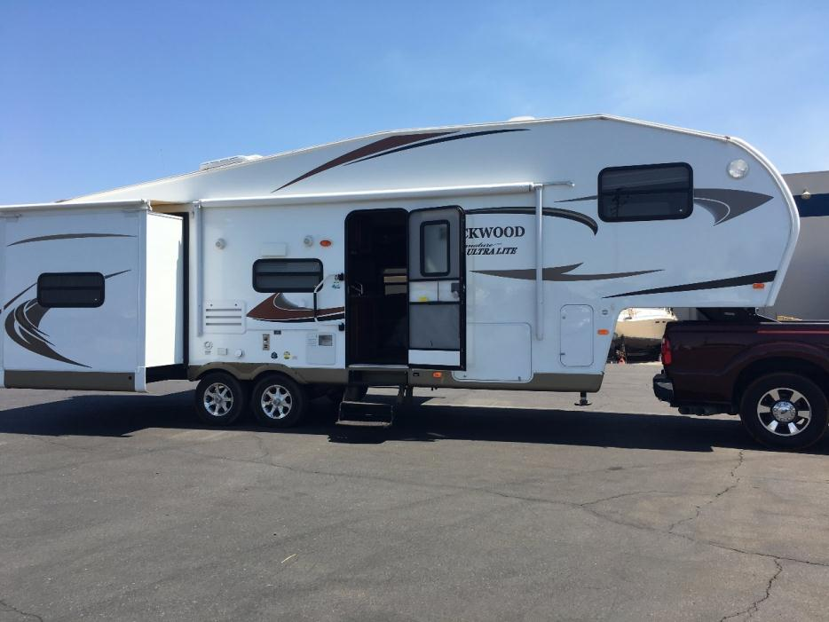 Forest river rockwood rvs for sale in sacramento california for Ultra glass sacramento ca