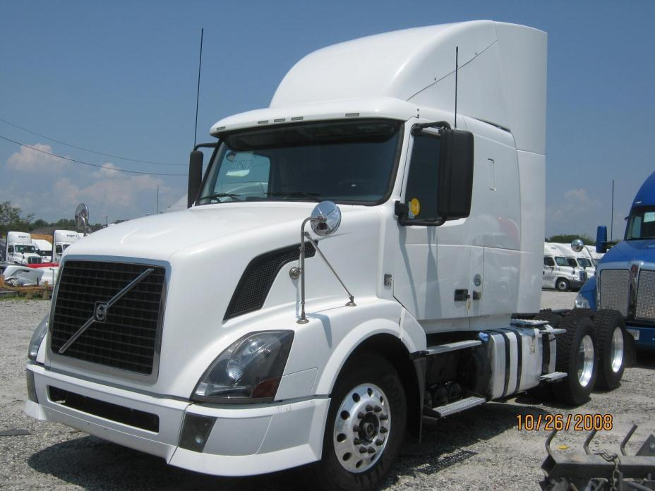 2012 Volvo Vnl64t430 Conventional - Sleeper Truck