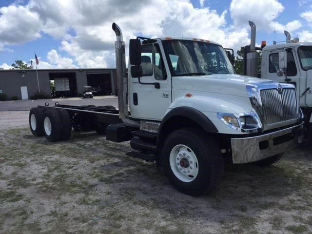 2006 International 7400  Cab Chassis