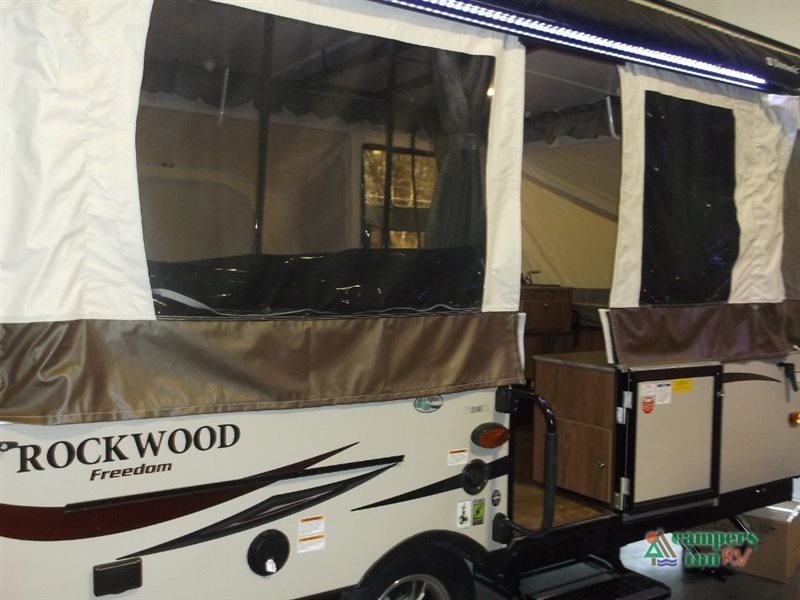 2017 Forest River Rv Rockwood Freedom Series 2318G