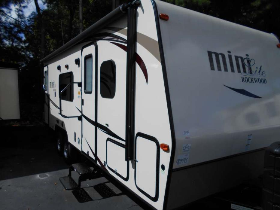 2016 Forest River Rockwood Mini Lite 2503S