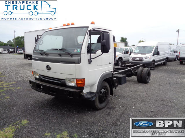 2010 Ud 1400  Cab Chassis